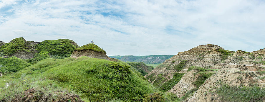 Hiking the Alberta Badlands by Philip Rispin