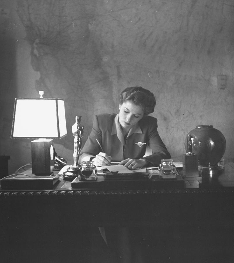 Joan Fontaine Photograph by Bob Landry