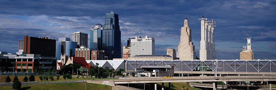 Kansas City Skyline, Missouri Photograph by Jeremy Woodhouse