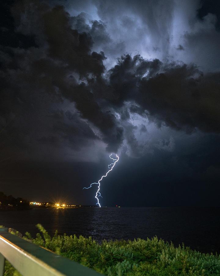 Lightning Photograph - Lake Erie Lightning Storm by Dave Niedbala