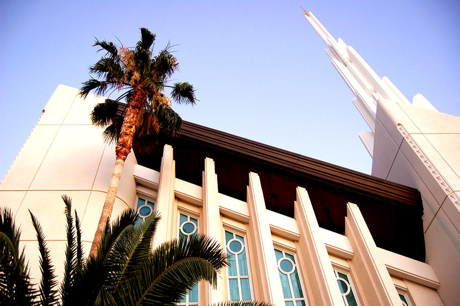 Las Vegas Nevada Temple Digital Art By Jared Davies