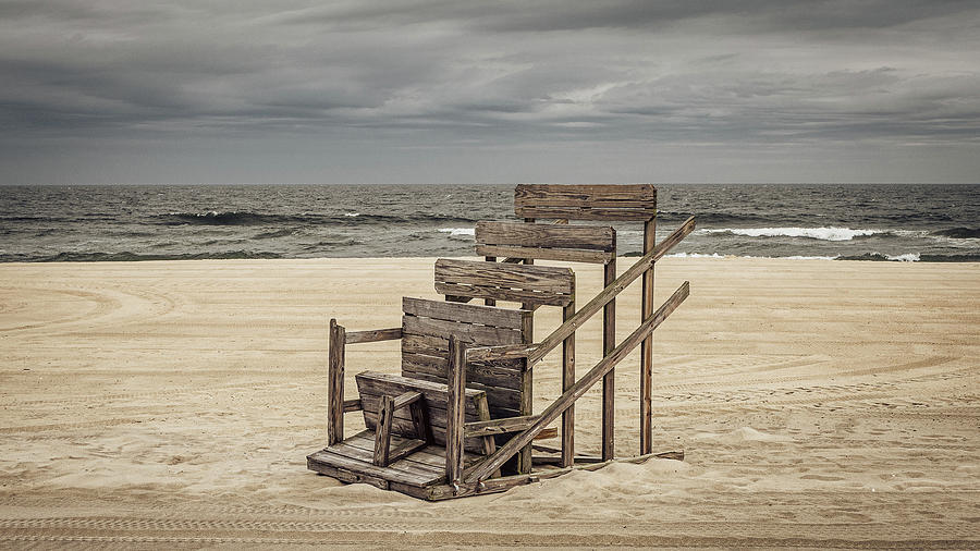 lifeguard stand by Steve Stanger