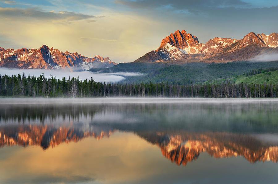 Little Redfish Lake, Sawtooth Mountains Photograph by Alan Majchrowicz