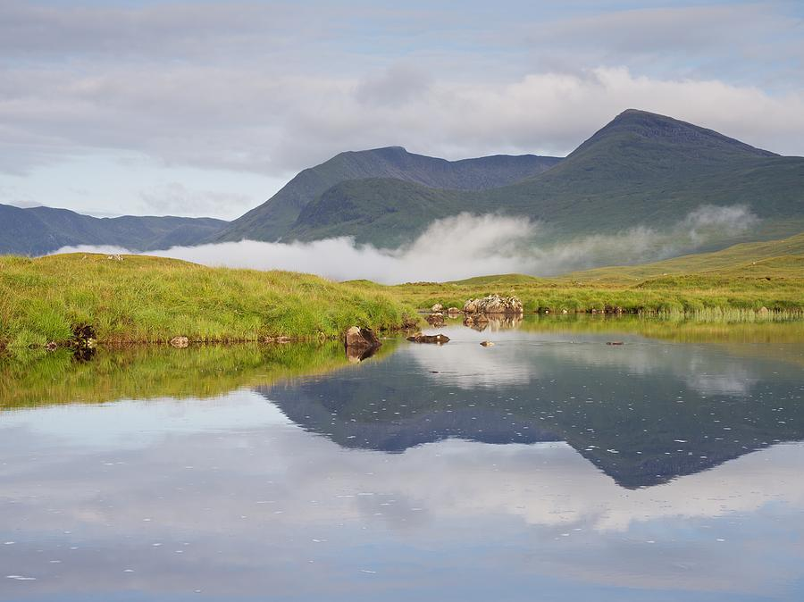 Lochan na Stainge by Stephen Taylor