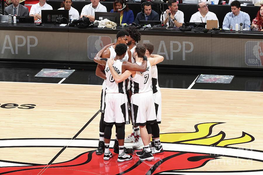 Los Angeles Lakers V Miami Heat Photograph by Joe Murphy