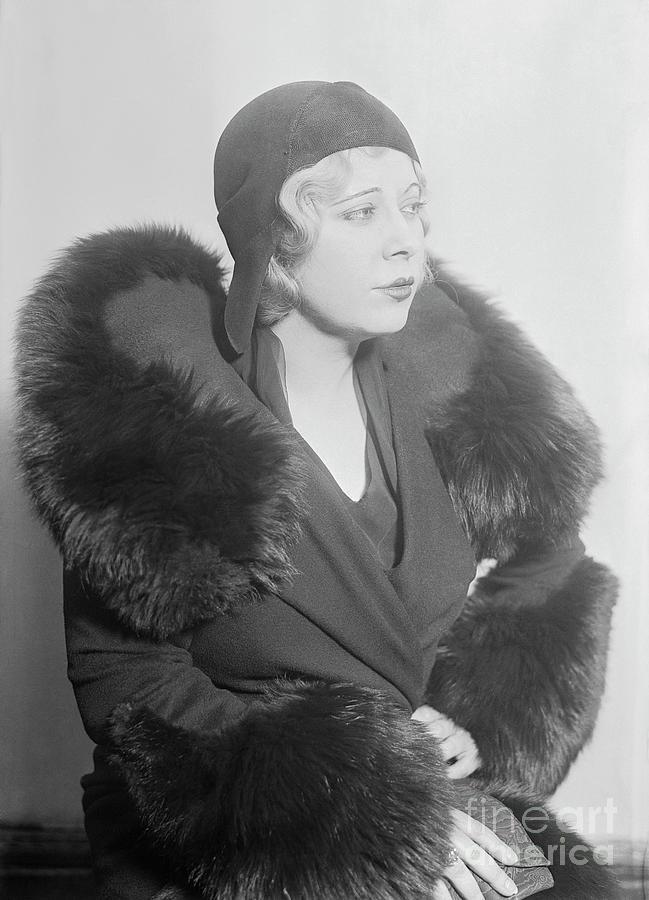 Mae West In Court Photograph by Bettmann