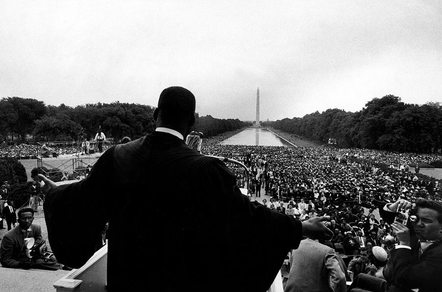 Martin Luther King Jr Photograph by Paul Schutzer