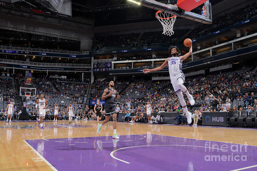Melbourne United V Sacramento Kings Photograph by Rocky Widner