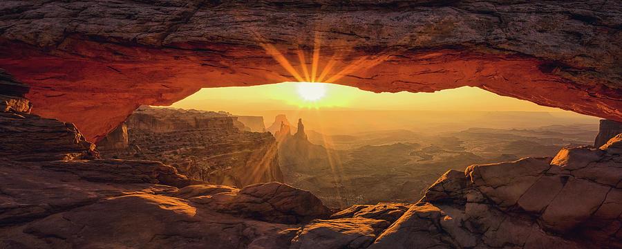 Mesa Arch Morning by Andrew Soundarajan