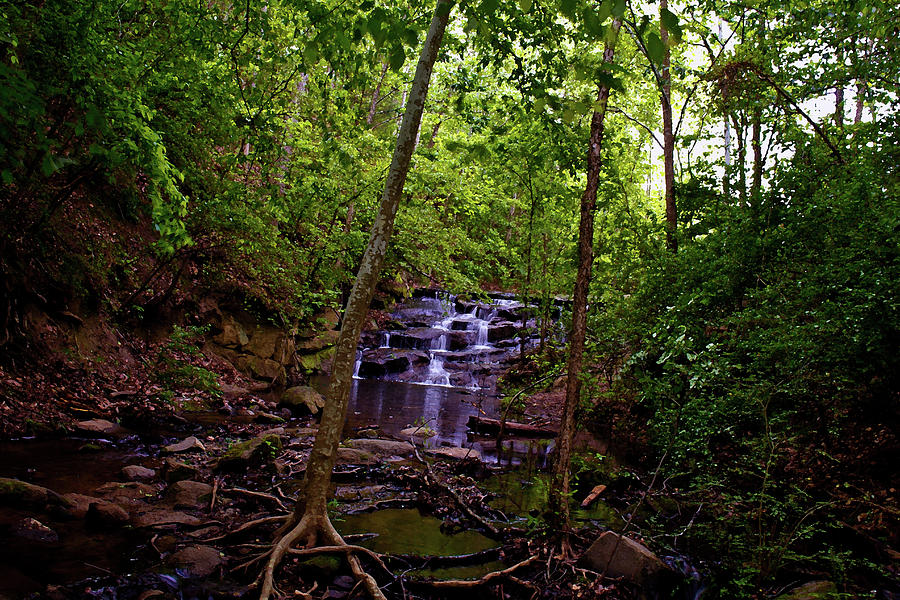 Mini waterfall by Andy Lawless