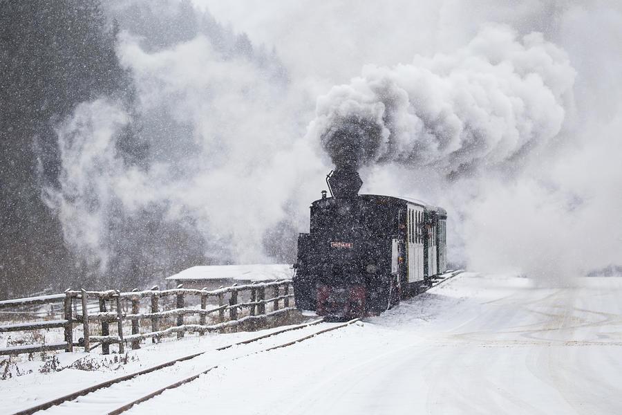 Engine Photograph - Mocanita Hutulca by Sveduneac Dorin Lucian