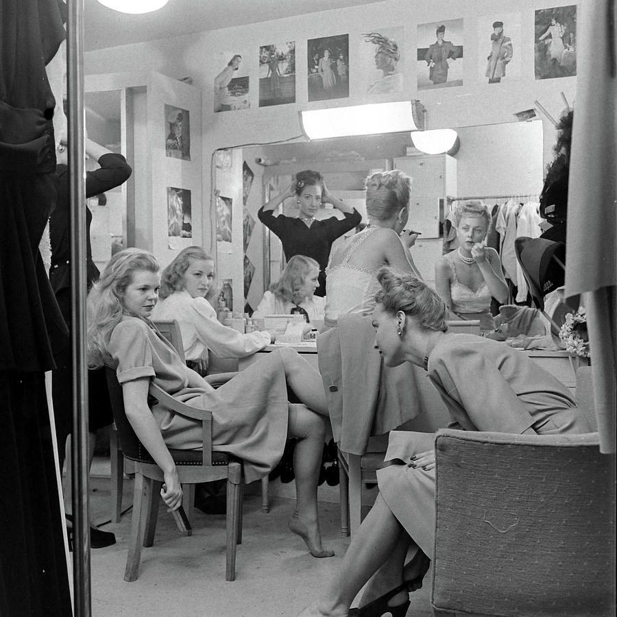 Models At The Neiman Marcus Store, An Photograph by Nina Leen