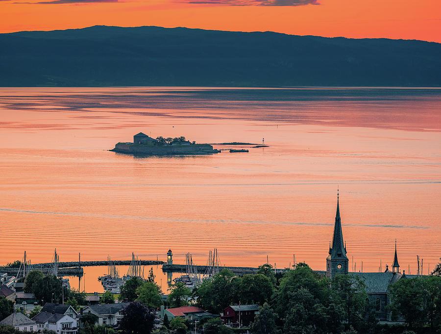 Munkholmen, skansen and Ilen kIrke in a Beautiful Sunset  by Aziz Nasuti