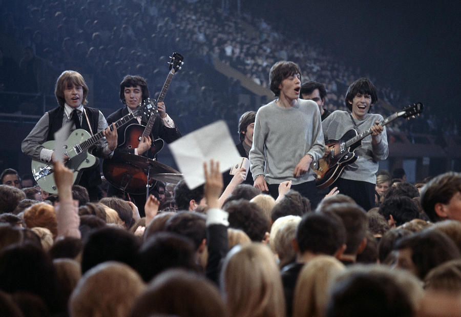 Music. 1964. London. The Rock Band The 1 Photograph by Popperfoto