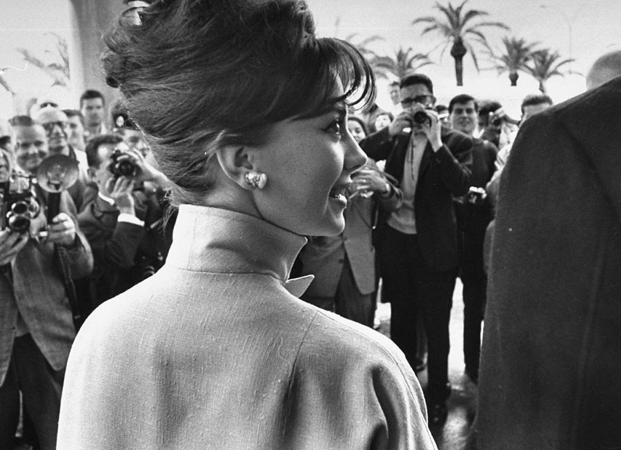 Natalie Wood Photograph by Paul Schutzer