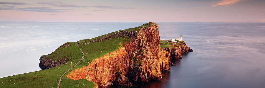 Neist Point Sunset - Isle of Skye by Grant Glendinning
