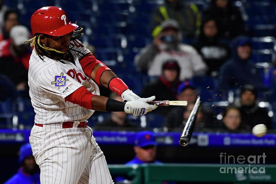 New York Mets V Philadelphia Phillies Photograph by Corey Perrine