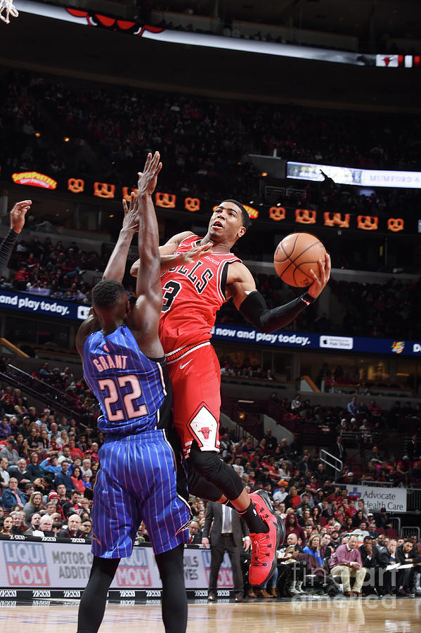 Orlando Magic V Chicago Bulls Photograph by Randy Belice