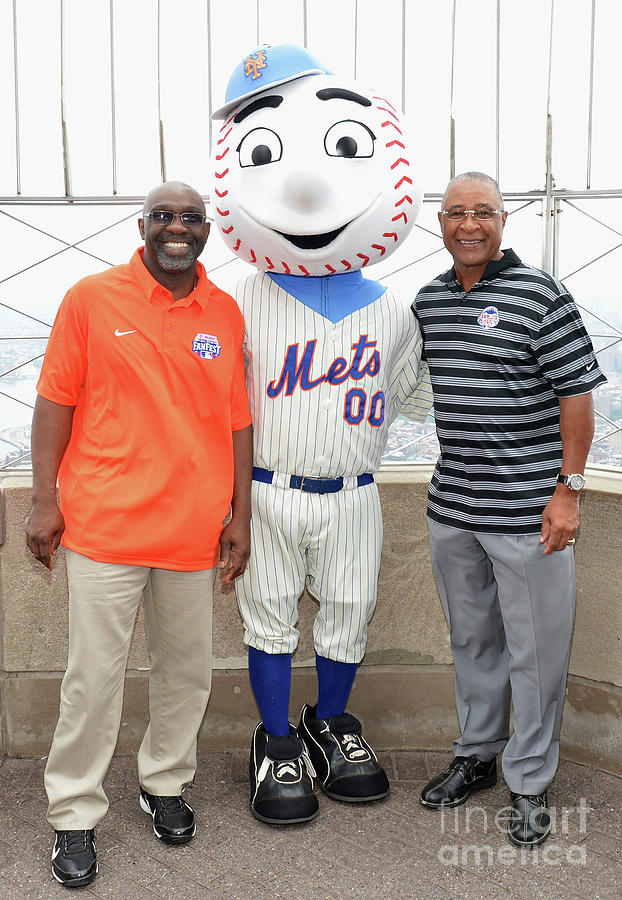 Ozzie Smith, Mookie Wilson And Mr. Met 1 Photograph by Slaven Vlasic