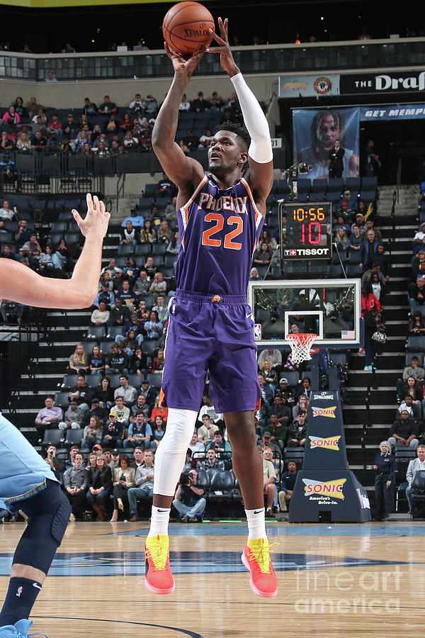 Phoenix Suns V Memphis Grizzlies Photograph by Ned Dishman