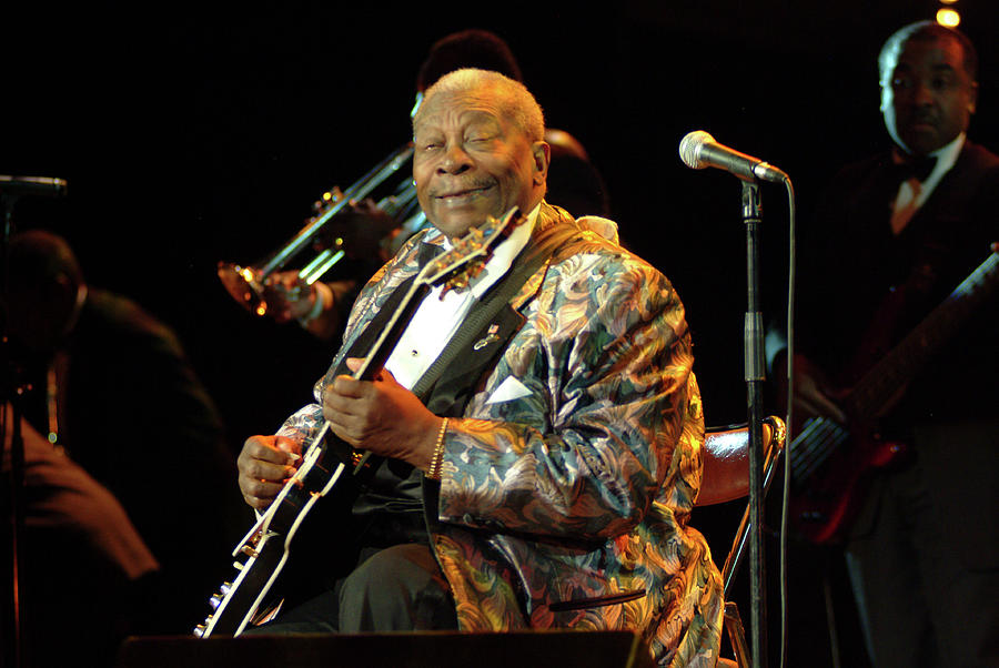 Photo Of Bb King Photograph by David Redfern