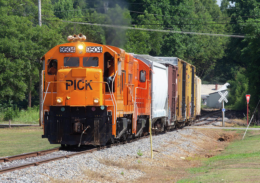 Pickens Railroad 9504 G by Joseph C Hinson