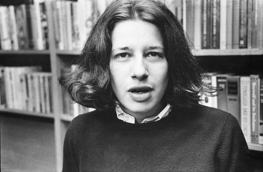 Portrait Of Fran Liebowitz Photograph by Fred W. McDarrah