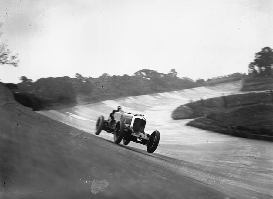 Racing Bentley Photograph by Hudson