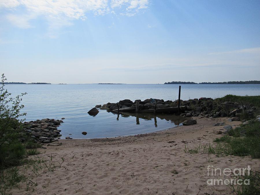 Beach in Riddersholm Naturreservat by Chani Demuijlder
