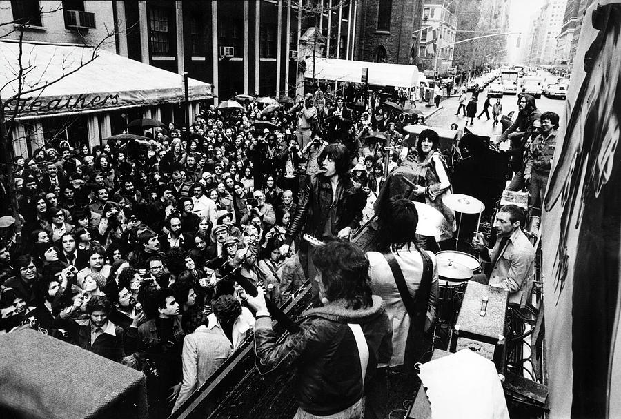 Rolling Stones On Fifth Avenue Photograph by Fred W. McDarrah