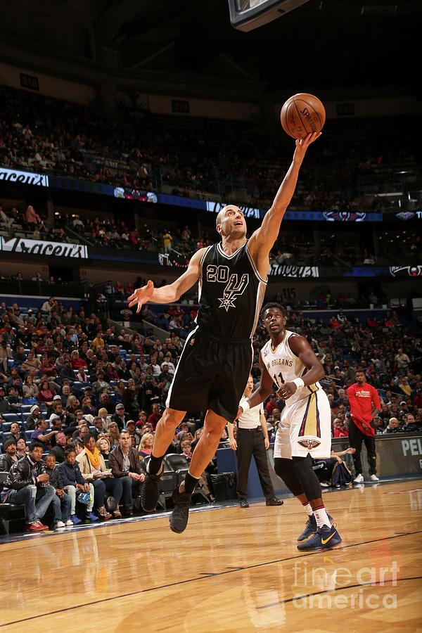San Antonio Spurs V New Orleans Pelicans Photograph by Layne Murdoch