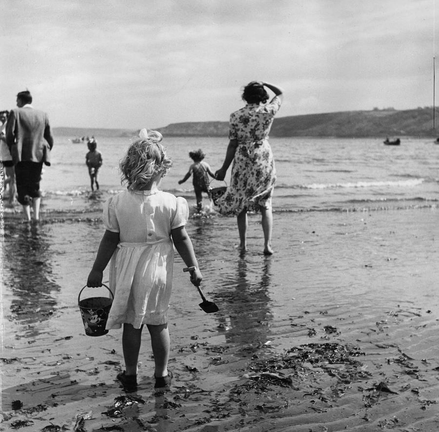 Scarborough Beach Photograph by Thurston Hopkins