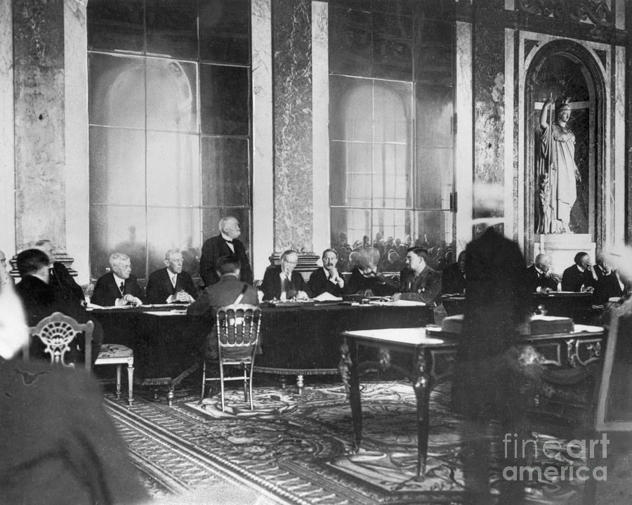 Signing Of The Treaty Of Versailles Photograph by Bettmann