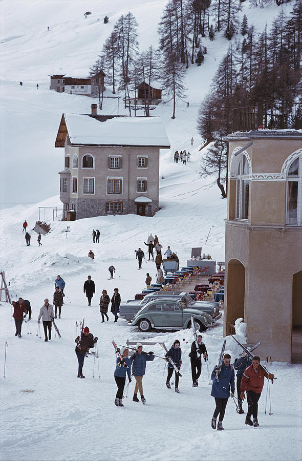 Skiers In St. Moritz 1 Photograph by Slim Aarons