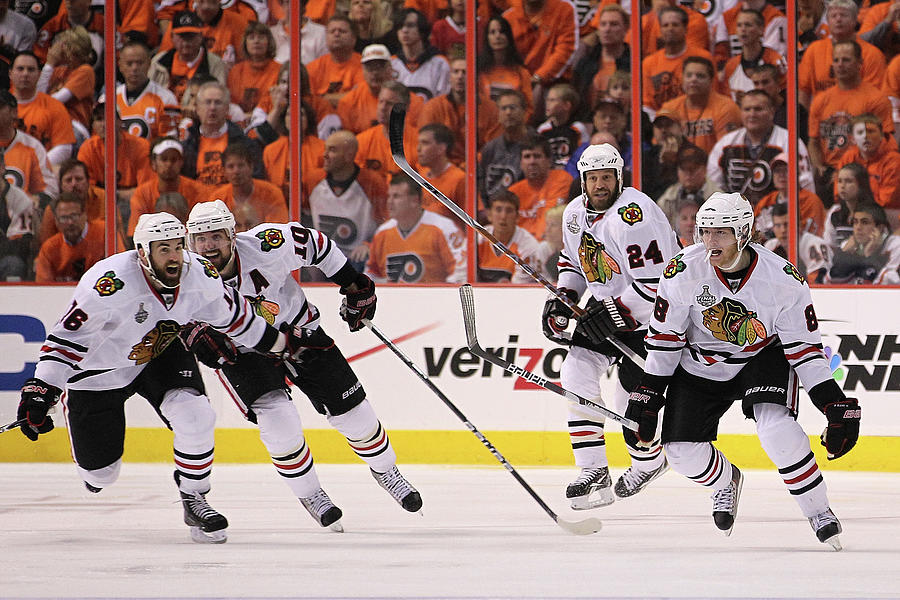 Stanley Cup Finals - Chicago Blackhawks Photograph by Bruce Bennett
