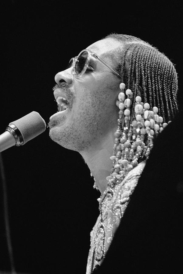 Stevie Wonder Photograph by Evening Standard