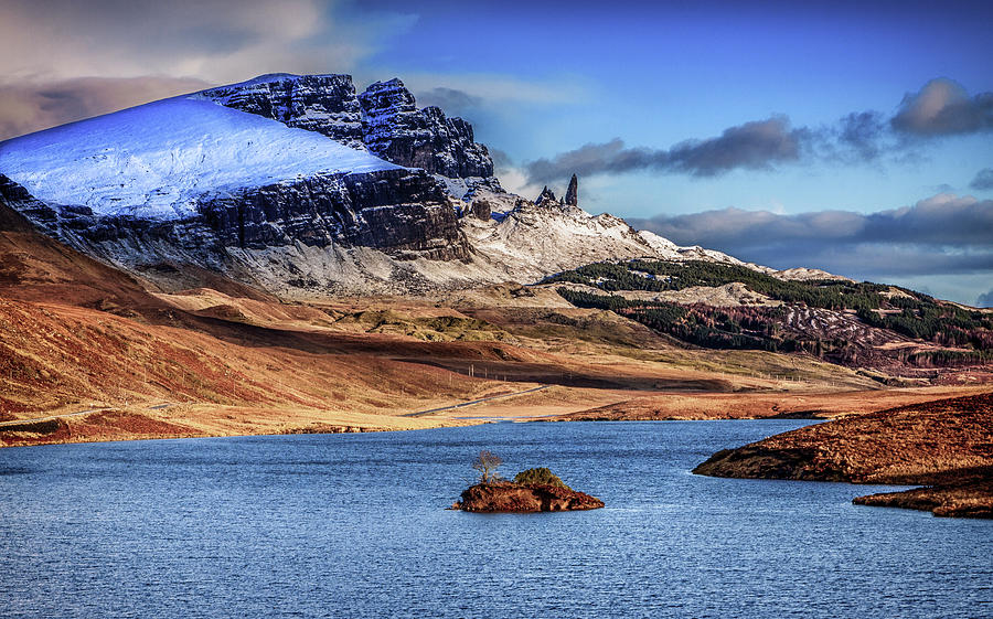 Storr Photograph - The Storr, Isle of Skye by John Frid