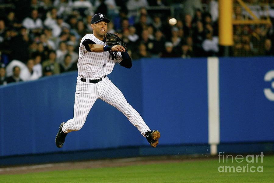 Toronto Blue Jays V New York Yankees Photograph by Jeff Zelevansky