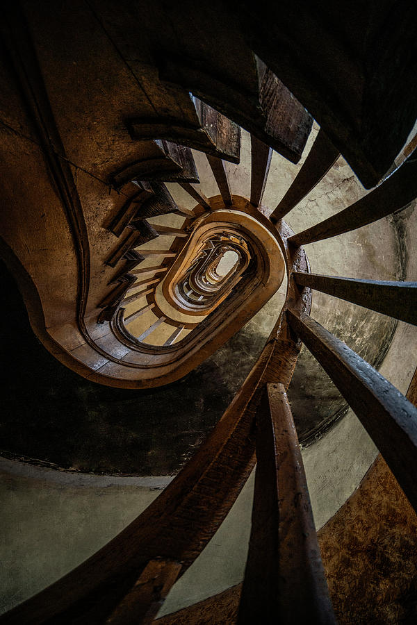 Twisted spiral staircase by Jaroslaw Blaminsky