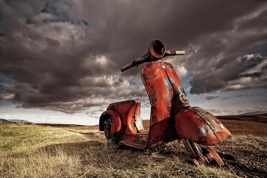 Motorbike Photograph - Vespa by Þorsteinn H. Ingibergsson