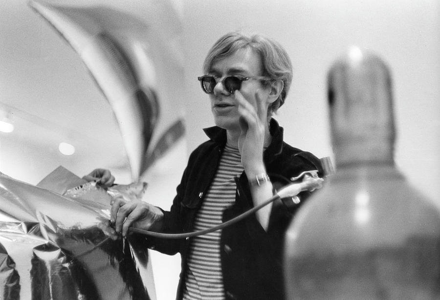 Warhol & His Silver Clouds Photograph by Fred W. McDarrah
