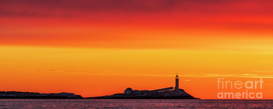 White Island Lighthouse - Isle of Shoals by Craig Shaknis