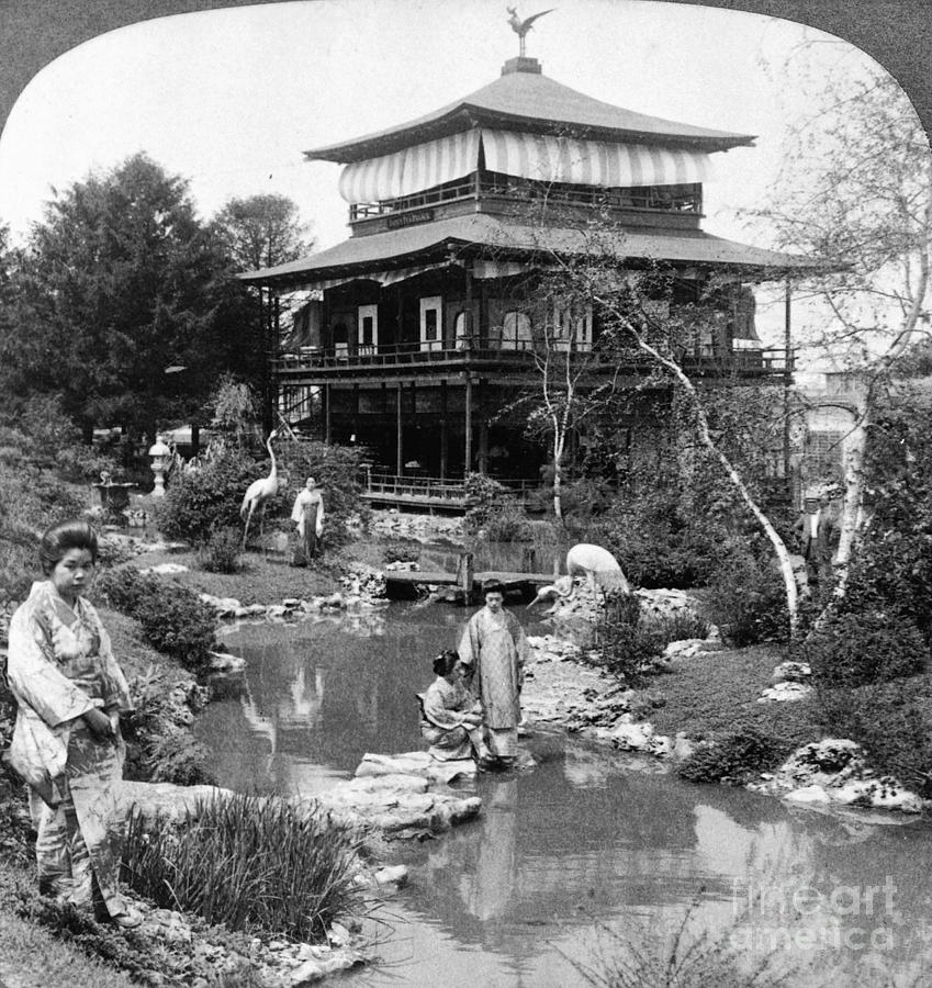 1904 Photograph - Worlds Fair Tea House by Granger