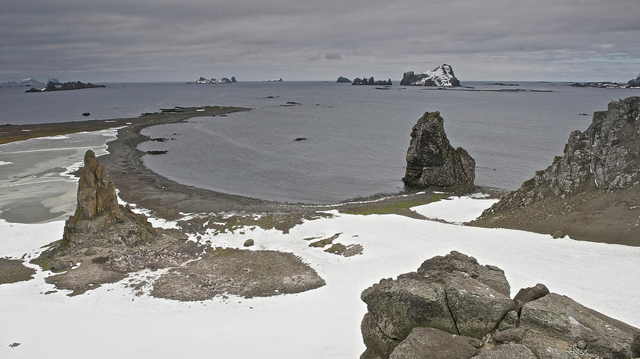 Antarctic Peninsula, Antarctica Photograph by Enrique R. Aguirre Aves