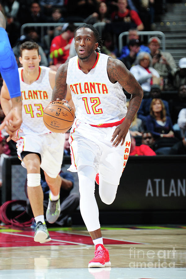 Detroit Pistons V Atlanta Hawks Photograph by Scott Cunningham