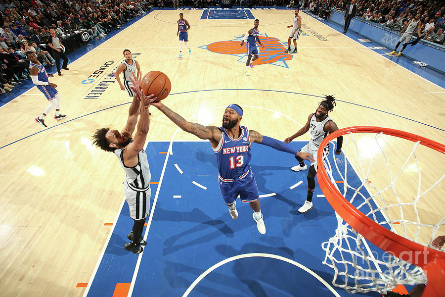 San Antonio Spurs V New York Knicks Photograph by Nathaniel S. Butler