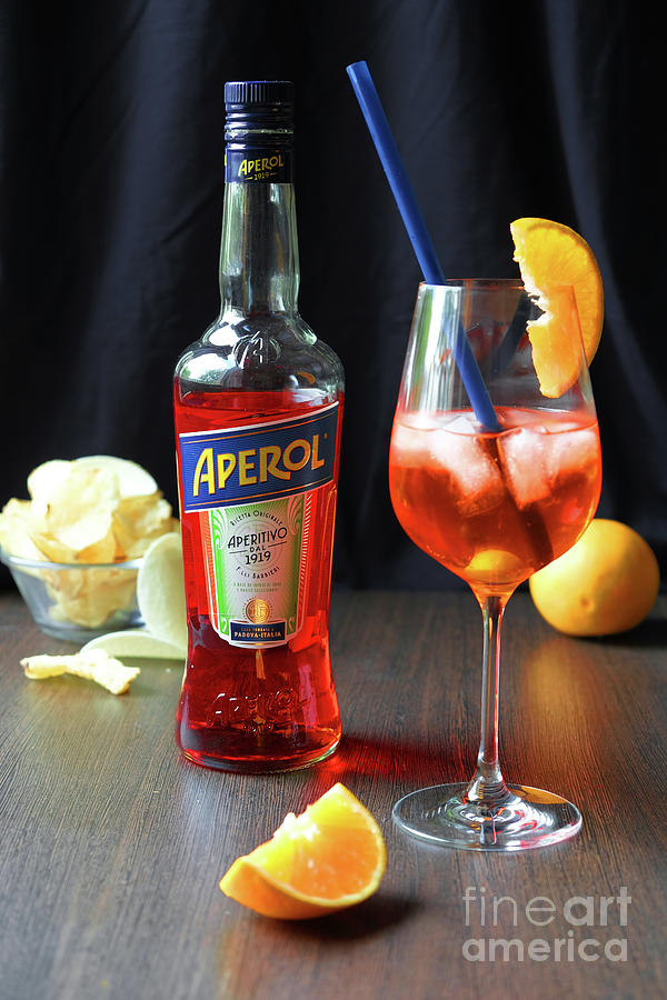 100 years of Aperol and Coctail Spritz by Marina Usmanskaya