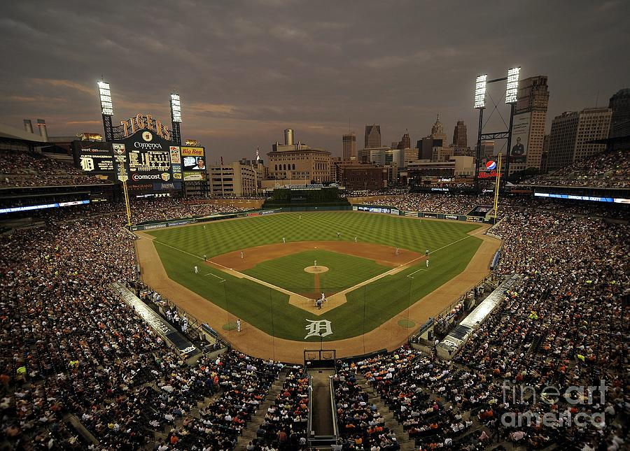Cleveland Indians V Detroit Tigers Photograph by Mark Cunningham