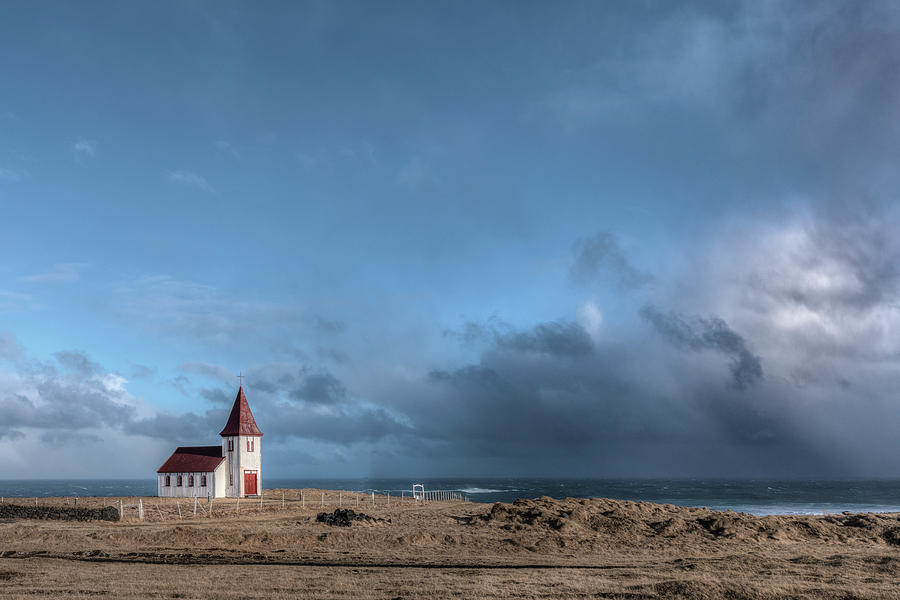 Hellnar - Iceland by Joana Kruse