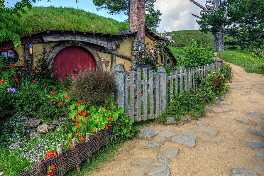 Hobbiton Photograph - Hobbiton - New Zealand by Joana Kruse